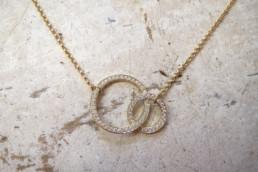2-Ringleinkette in Gold mit Diamanten