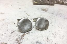 Manschettenknöpfe in Silber, geknetet