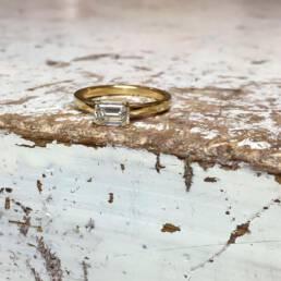 Verlobungsring mit achteckigem Diamant